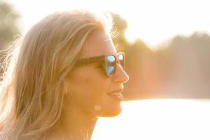 Schwimmende Holz Sonnenbrille - floating