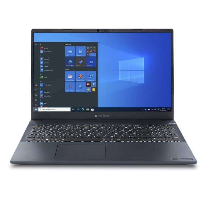 Zu sehen ist ein aufgeklapptes und eingeschaltetes Notebook. Auf dem Display sieht man die Startseite von Windows 10.